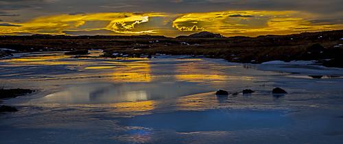 blue winter sunset snow ice yellow reflections golden iceland img1197 canoneos5dmarkii distinguishedsunsets canonef2470mm128lusm distinguishedsunrisesandsunsets sigmundurandresson