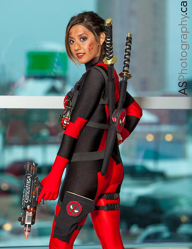 Deadpool by Sassmira Cosplay at Toronto Comic Con 2013 by andreas_schneider