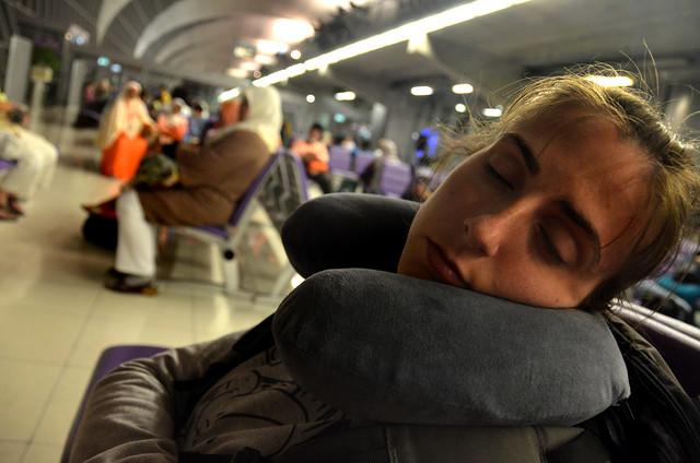 Durmiendo en el aeropuerto de Bangkok