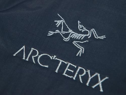 Arc'teryx / Alpha SL Hybrid Jacket - Nighthawk