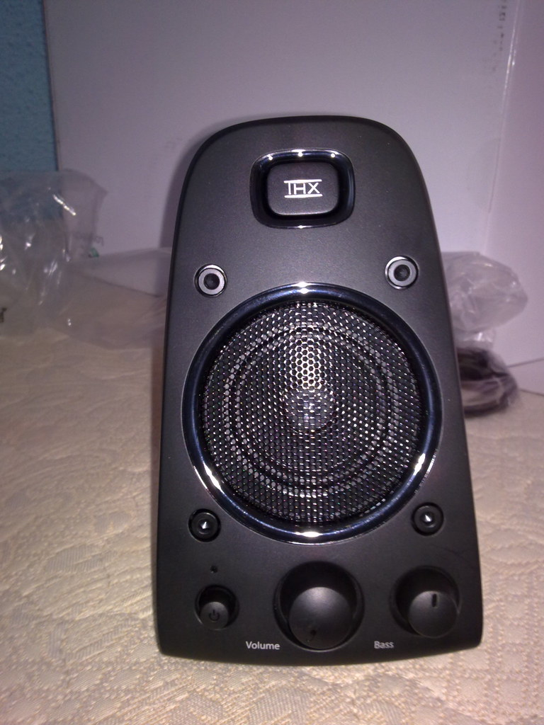 Logitech Harmony 550 Remote Control Review and Set Up Part ...