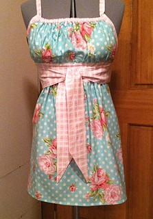 Abby's apron - Tanya Whelan's Rosey