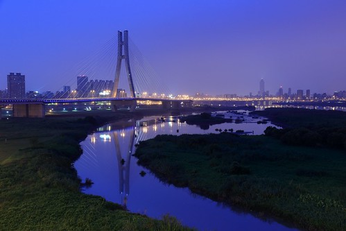 city longexposure morning travel blue light sky color reflection building water comfortable sunrise canon river landscape flow eos cozy scenery gallery quiet waterfront riverside tide earlymorning scenic taiwan calm clear greatshot serene taipei nightview bluehour temperature 台灣 台北 夜景 magichour 風景 sandbank riversidepark stationary riverview watercourse tamsui 河濱公園 板橋 sanchong morningview 日出 三重 peaceandquiet colortemperature 斜張橋 倒影 banqiao tamsuiriver embankments 疏洪道 色溫 rosyclouds 水岸 河道 stayedbridge 河景 新北市 新北大橋 newtaipeicity newtaipeibridge 新北環河快速道路 newtaipeicitybridge overflowfloodspillway centralriverexpressway