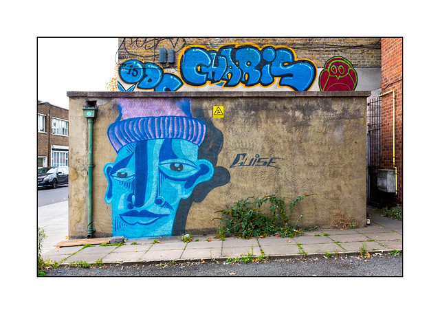 Street Art (Guise, Charis), East London, England.