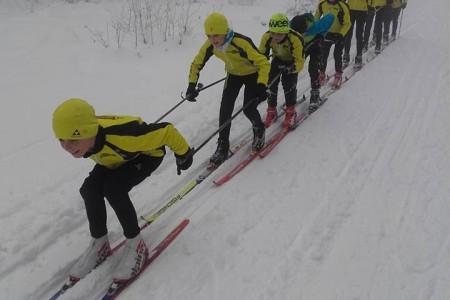 Na českých horách se o víkendu lyžovalo!