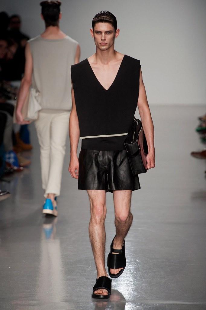 SS14 London Kay Kwok003_Arthur Gosse(fashionising.com)
