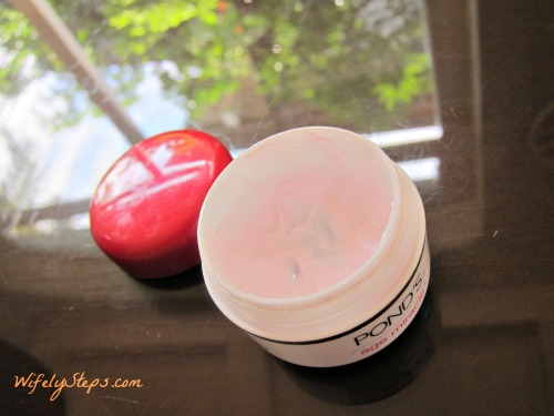 Ponds Age Miracle Cream 3