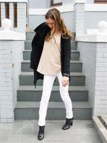 black and white rachel mlinarchik style blogger