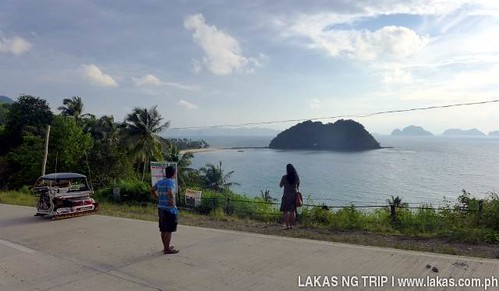 Viewpoint along the National Highway for Maremegmeg Beach, El Nido, Palawan