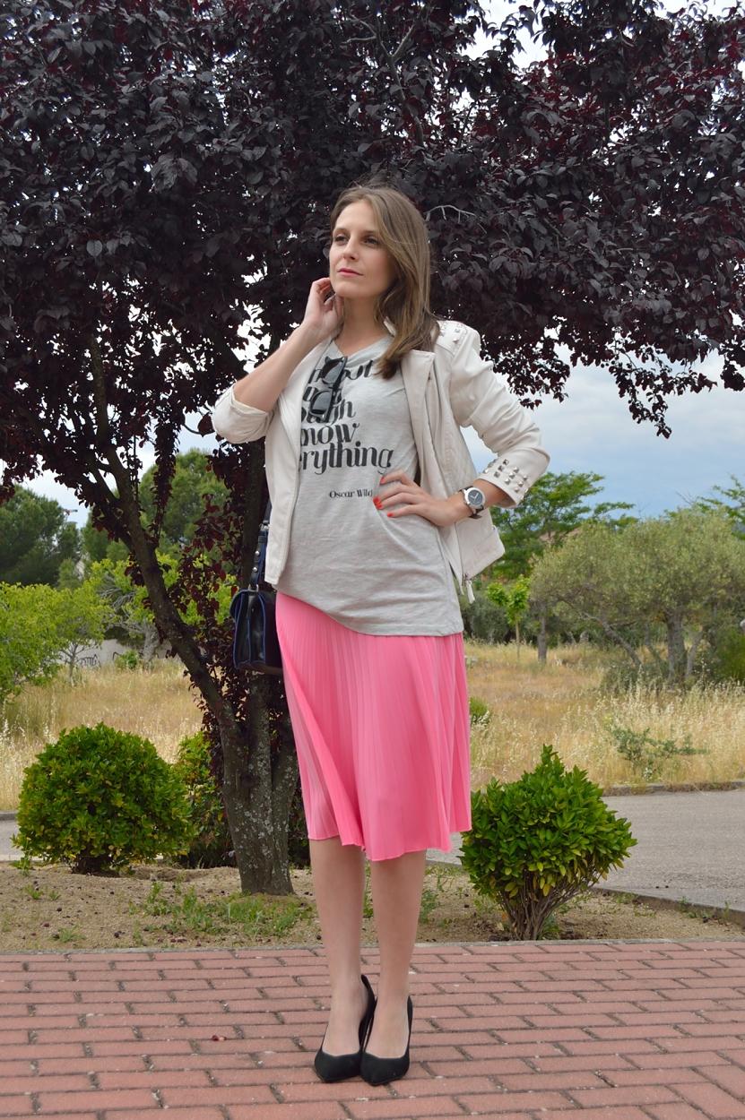 lara-vazquez-madlula-blog-style-midi-pop-of-pink-style-fashion-look