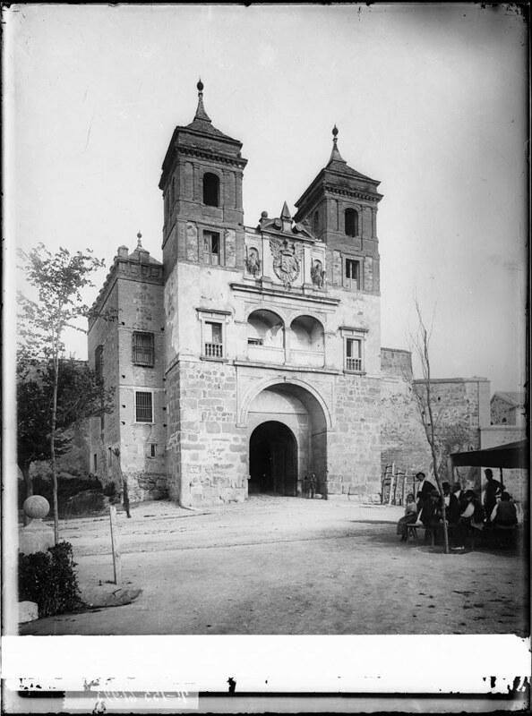 Puerta del Cambrón a comienzos del siglo XX. Fotografía de J. Lacoste © MECD, Fototeca del IPCE, signatura VN-22666_P