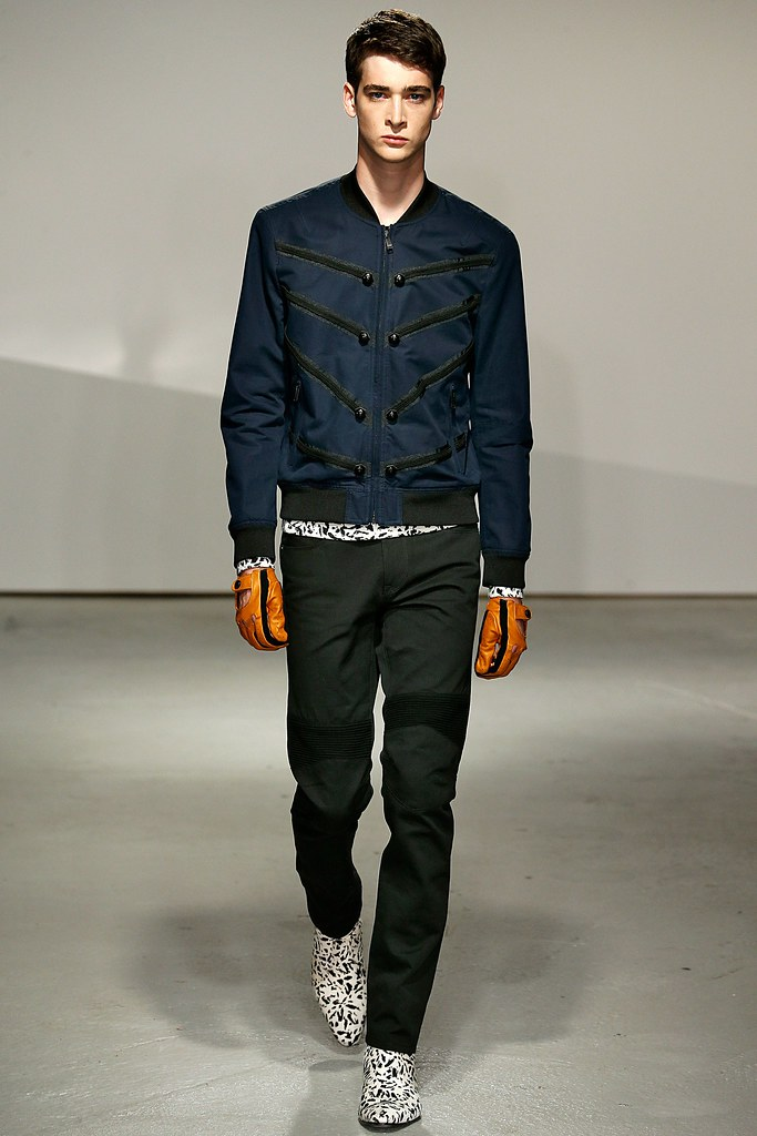 SS15 London Kent & Curwen001_Corentin Renault(VOGUE)