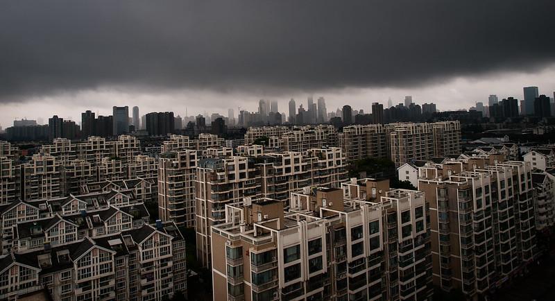 暴雨前的南京和莫愁湖的荷花 - mgu - 多则惑 少则明
