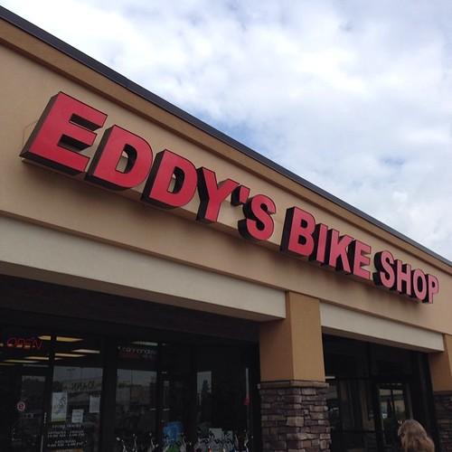My barn #cat owns a bike store? Can he get me a desk on a CX bike?