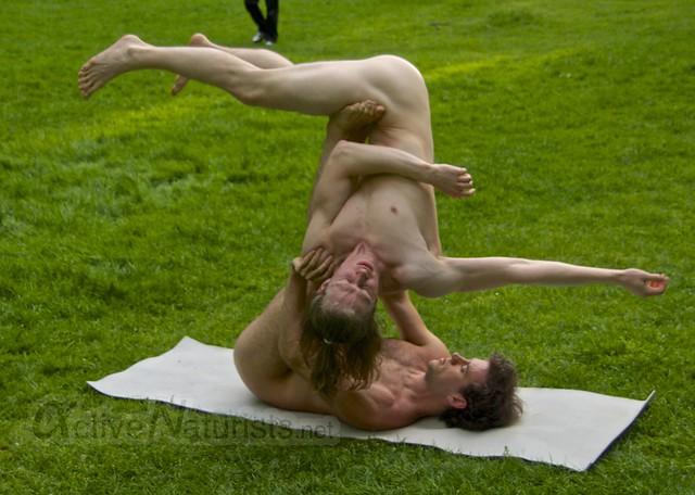 acro-yoga 0032 Tiergarten, Berlin, Germany