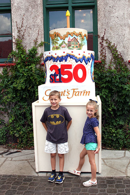 Grants-Farm-Cake