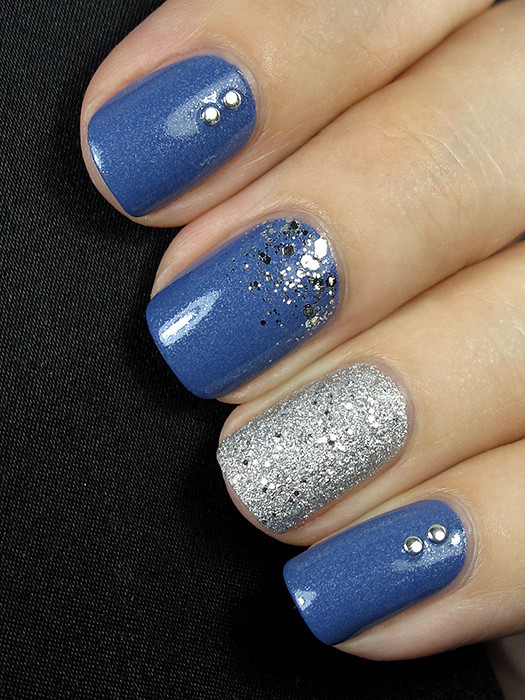 Essie Smooth Sailing & O.P.I. It's Frosty Outside