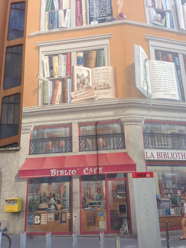 Lyon - Trompe l'oeil : Livres, librairie, biblio café