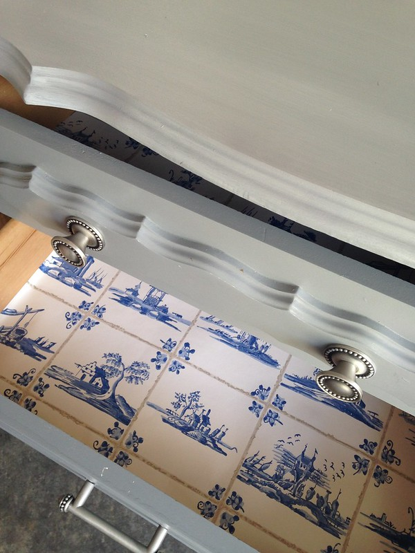 wallpaper for drawer liner