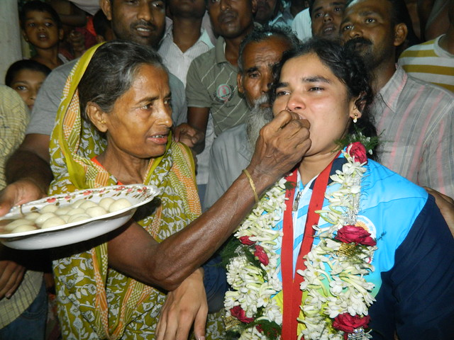 After_return_home_Sakina_khatun_with_her_mother_wishes_with_sweets