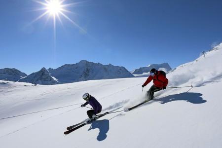 Tyrolské ledovce si pochvalují léto a investují