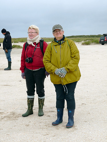 Annett and Dorthe in borrowed wellies