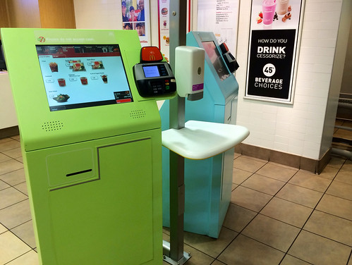 the_cashiers_at_this_McDonald_s_were_replaced_by_machines__-_Imgur