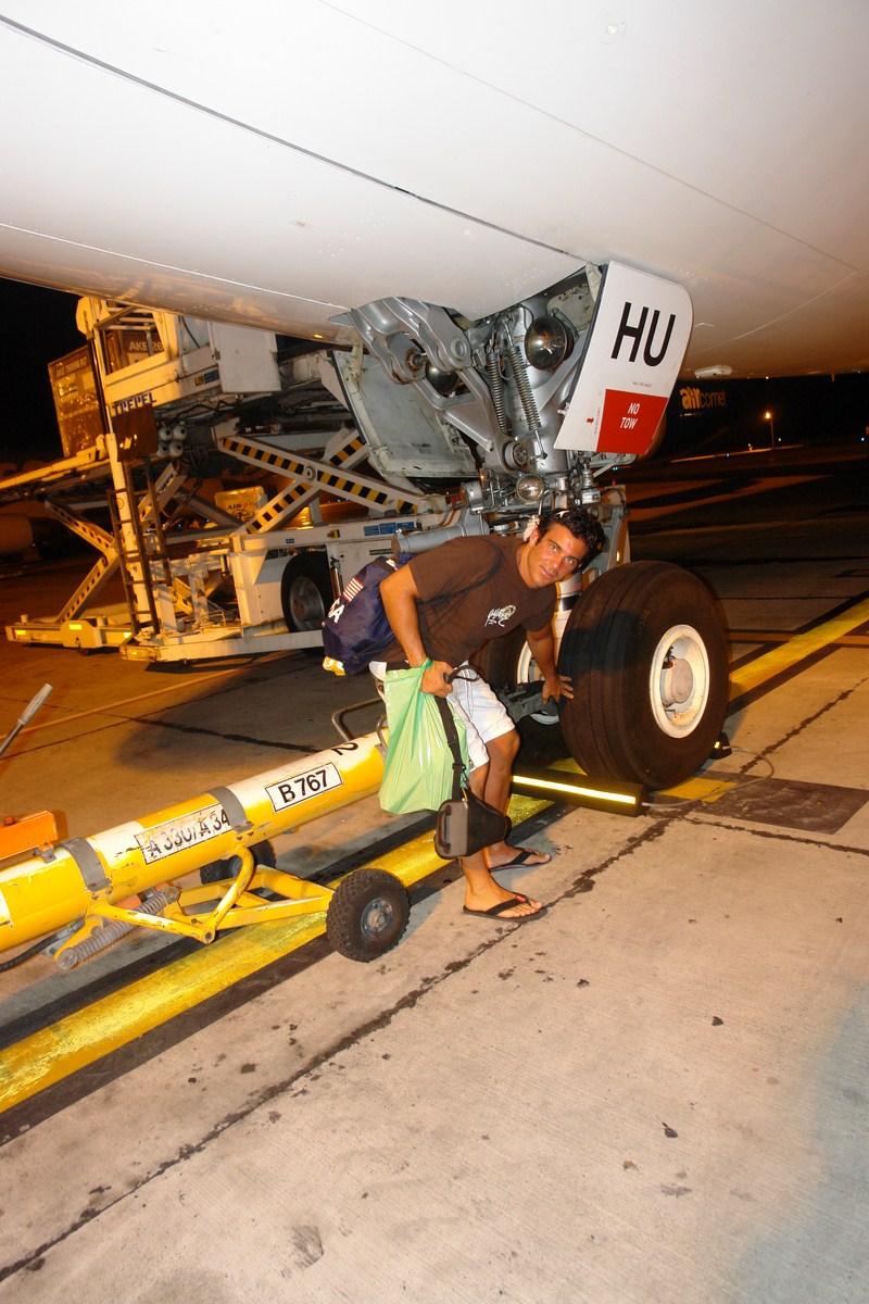 Fuselaje de un avión, aircomet plus, compañía que fue a quiebra al tiempo Historias de aeropuertos - 14960558755 77c37e68bf o - Historias de aeropuertos