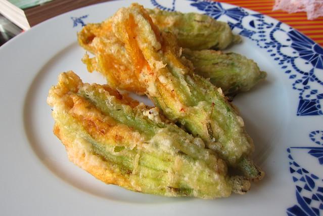 fried zucchini flower 1408