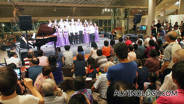 Free choir performance at the concourse