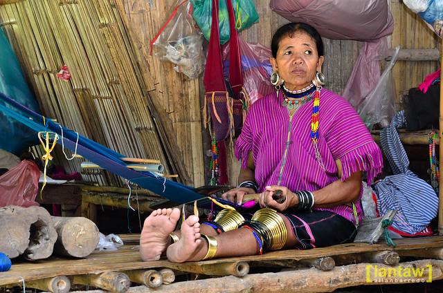 Kayaw lady