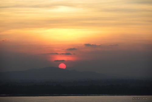 sunset burma myanmar mon coucherdesoleil fleuve mawlamyine salweenriver
