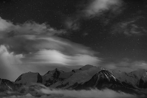 alpes dome chamonix ascension montblanc alpinisme passy gouter plainejoux cordee
