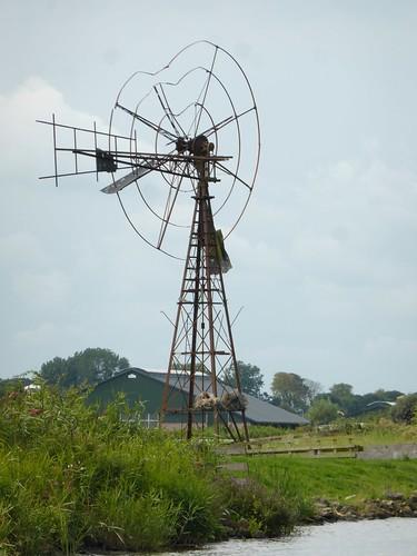 Friesland 2014, damaged old windmill, Dokkumer Ee