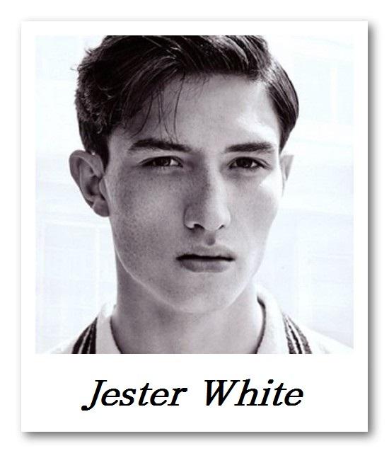CINQ DEUX UN_Jester White