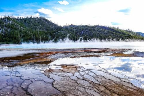 Colorful spring of Yellowstone 02 , Yellowstone, Wyoming, USA