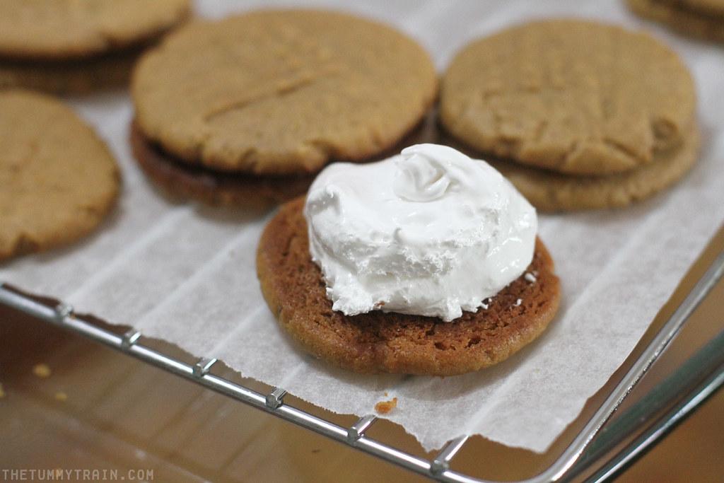 15297459882 3e19d8e3d5 b - My Hot Mess Fluffernutter Sandwich Cookies