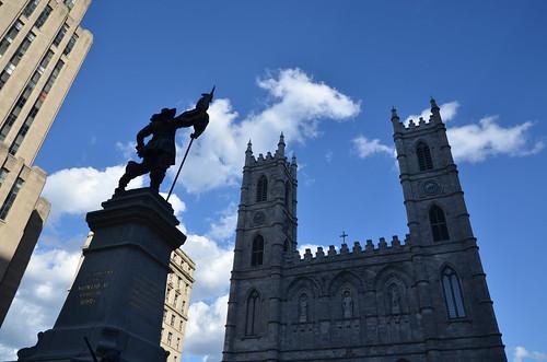 Monument à Maisonneuve, Place d'Armes, Montréal