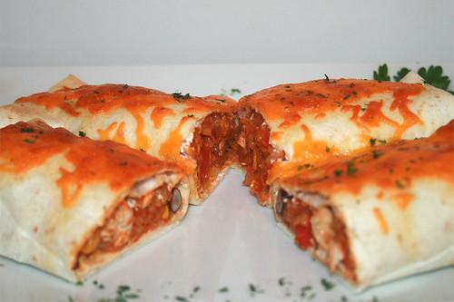 60 - Burrito-Auflauf - Querschnitt / Burrito-Casserole - Lateral cut