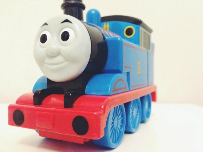 capturing-colour-blue-train