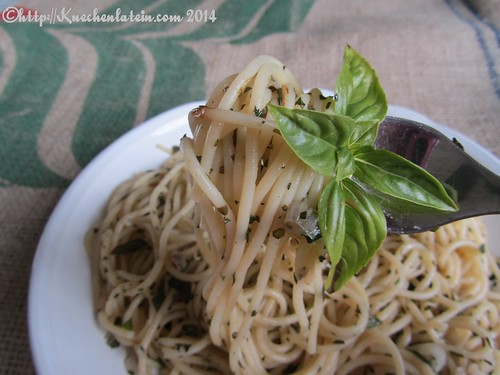 ©Nigel Slater Pasta with Hot butter & Herbs (2)
