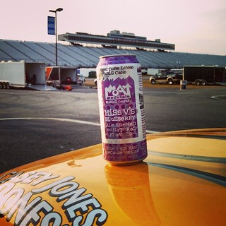 Matt finished p10 at @nhmotorspeedway Cheers! #MoatMountain #craftbeer #blueberrybeer #blueberry #beer #NorthConway #MadeinNH #uslegends #NHMS #racing