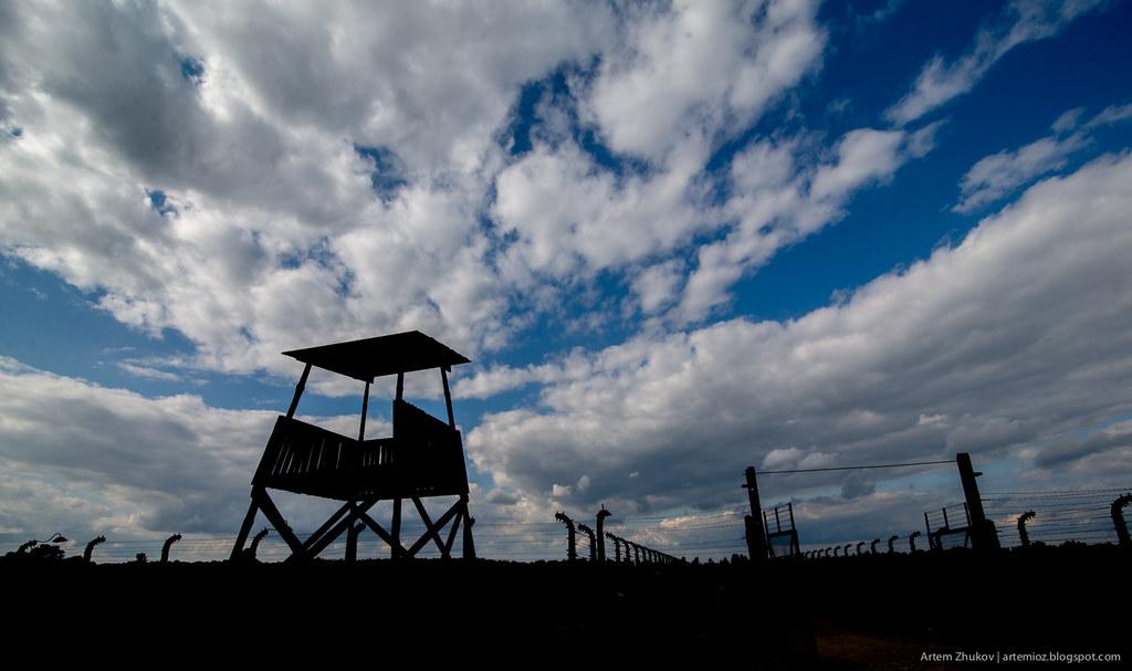 Auschwitz II–Birkenau-5.jpg