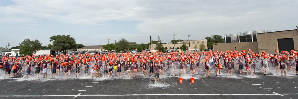 ALS Ice Bucket Challenge 19Aug2014 hhe_2087