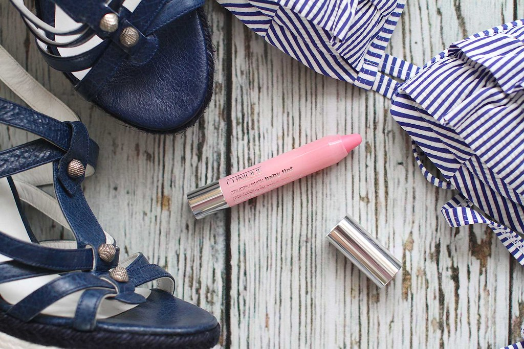 clinique-chubby-stick-lip-balm-pen-in-budding-blossom-pink