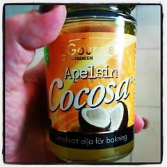 Dags att testa med lite apelsin-kokosolja i kaffet.