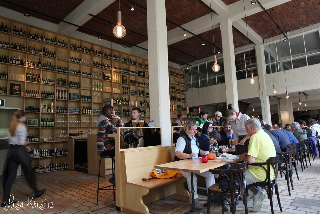 Brewery / Restaurant De Halve Maan brugge bruges belgium Huisbrouwerij Walplein 26 interior inside