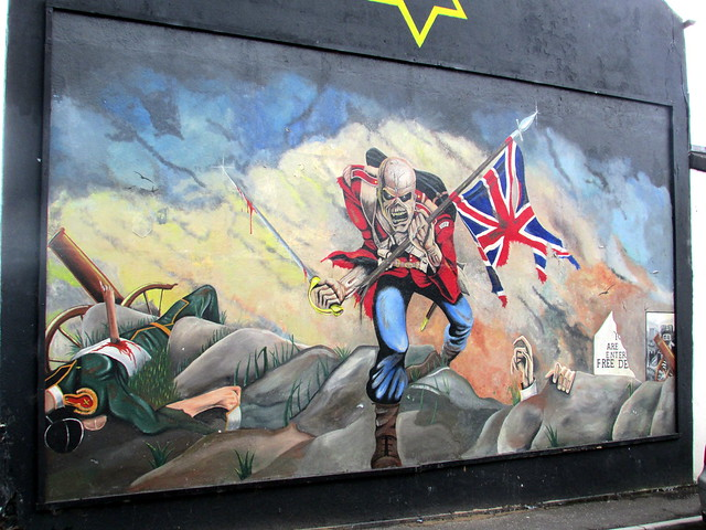 Loyalist definition meaning for Definition of mural