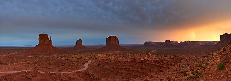 Sunset with double Rainbow in Monument Valley - Utah