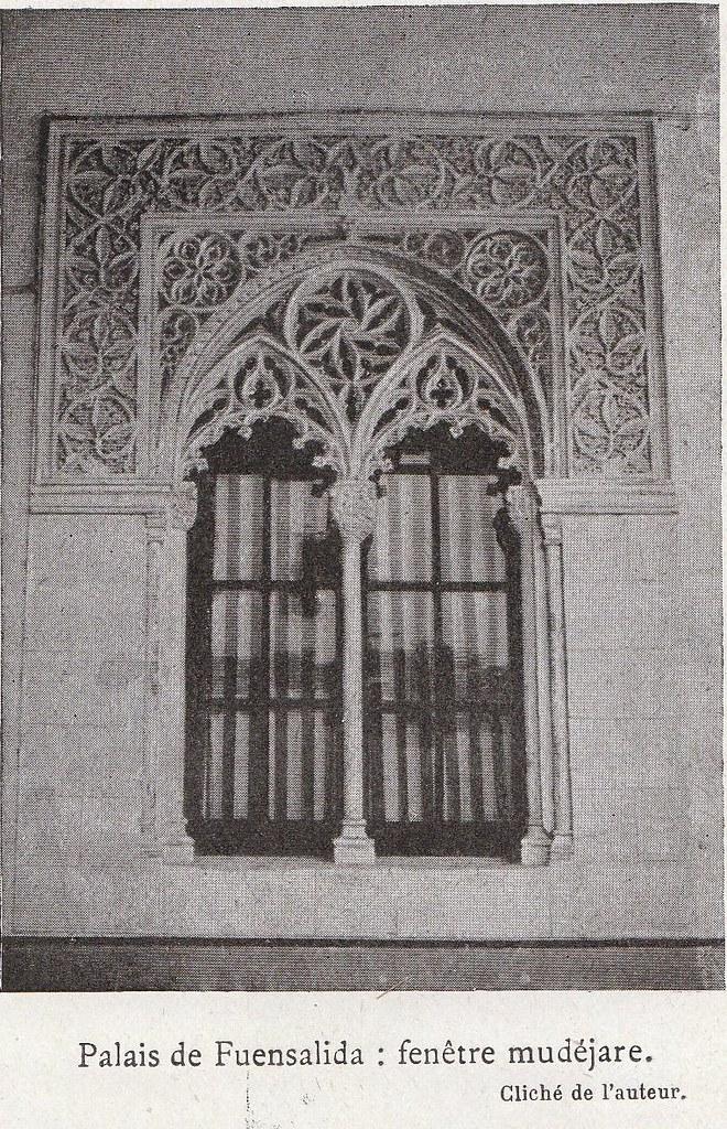 Palacio de Fuensalida (yesería)  a comienzos del siglo XX. Fotografía de Élie Lambert publicada en su libro Les Villes d´Art Célebres: Tolède (1925)
